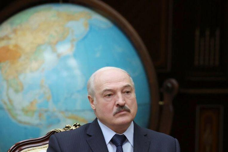 Lukashenko promete un nuevo proyecto para la constitución de Bielorrusia para fin de año