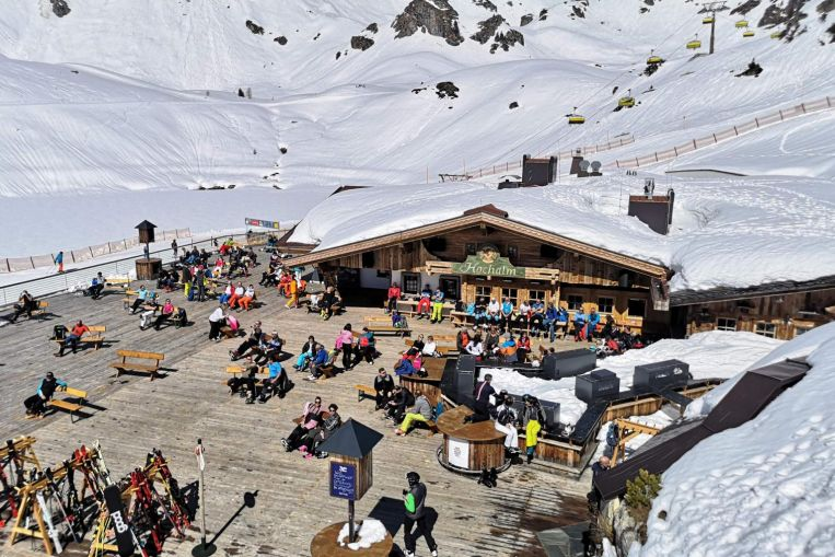 Los tribunales austriacos enfrentan las consecuencias de la propagación de las estaciones de esquí del Covid-19